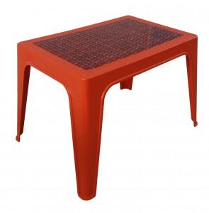 Table basse décorée orangé